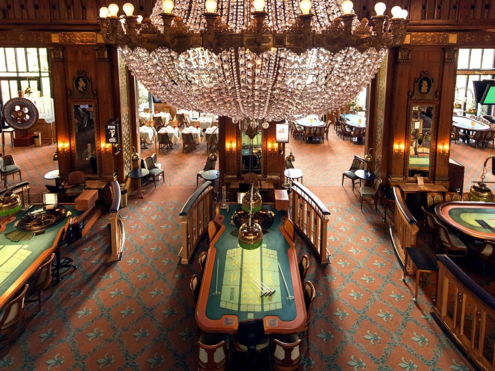Spin vegas casino slot